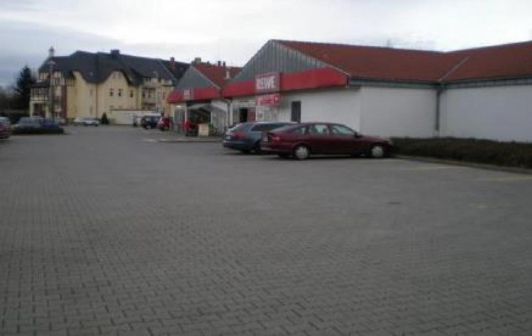 Property for Sale in Schopenhauerstrasse, Halle, Saxony-Anhalt, Germany