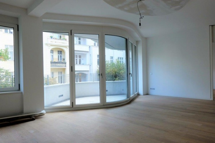 Property for Sale in Bleibtreustraße 18, Berlin, Germany